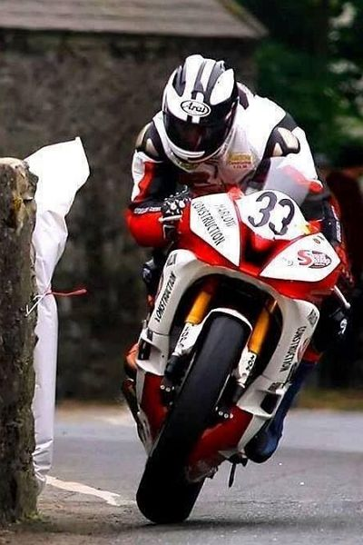 Michael Dunlop Isle Of Man TT