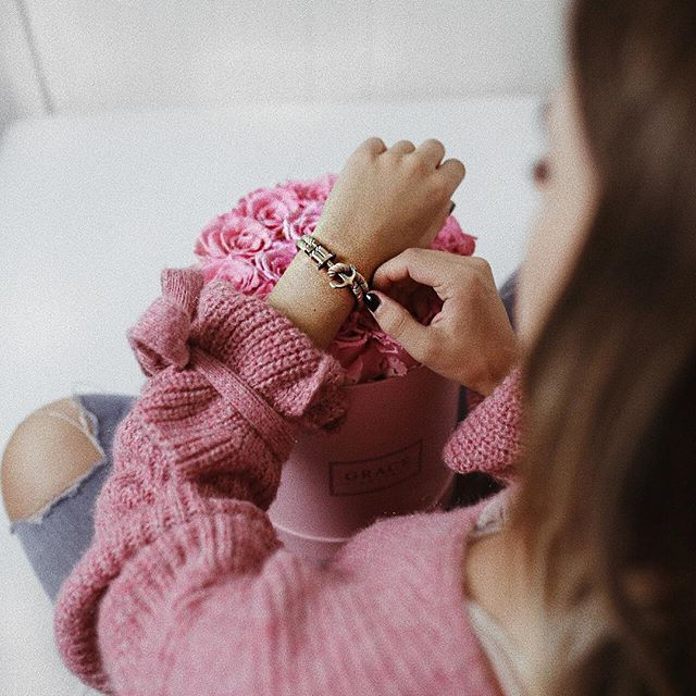 #ootd #fashionblogger #fashion #stripes #streifen #stripeslook #mirrorselfie #shopping #style #fashionstyle #streetstyle #lifestyle #love #austriangirl #girl #girlboss Jewelry, Paul Hewitt, rose, rosa