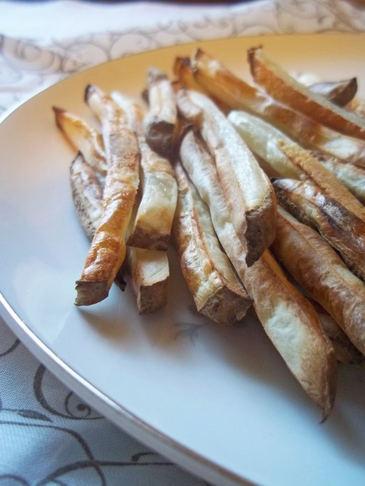 Simple Homemade Baked French Fries | Natural Chow | http://naturalchow ...