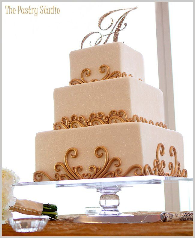 White and gold square wedding cake... Wedding ideas for brides, grooms, parents & planners ... https://itunes.apple.com/us/app/the-gold-wedding-planner/id498112599?ls=1=8 … plus how to organise an entire wedding, without overspending ♥ The Gold Wedding Planner iPhone App ♥