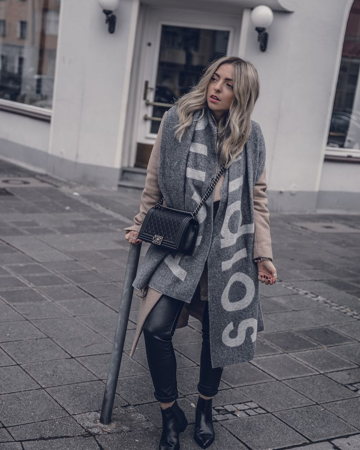 Are Acne Scarfs worth it? | Acne Scarf Grey Outfit, Acne Studios, Winter Outfit 2018, Winter Fashion, Winter Trend, Camel Coat