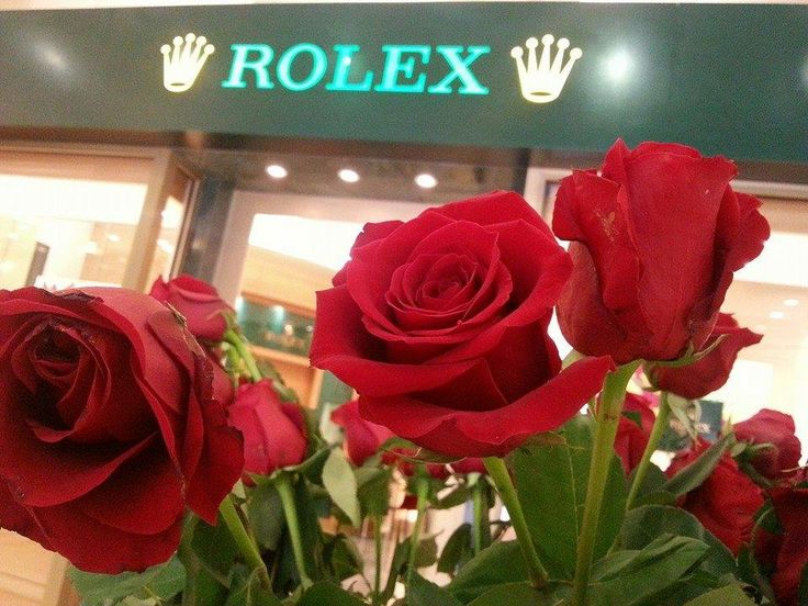 Rolex store - it's about time for Valentine's Day