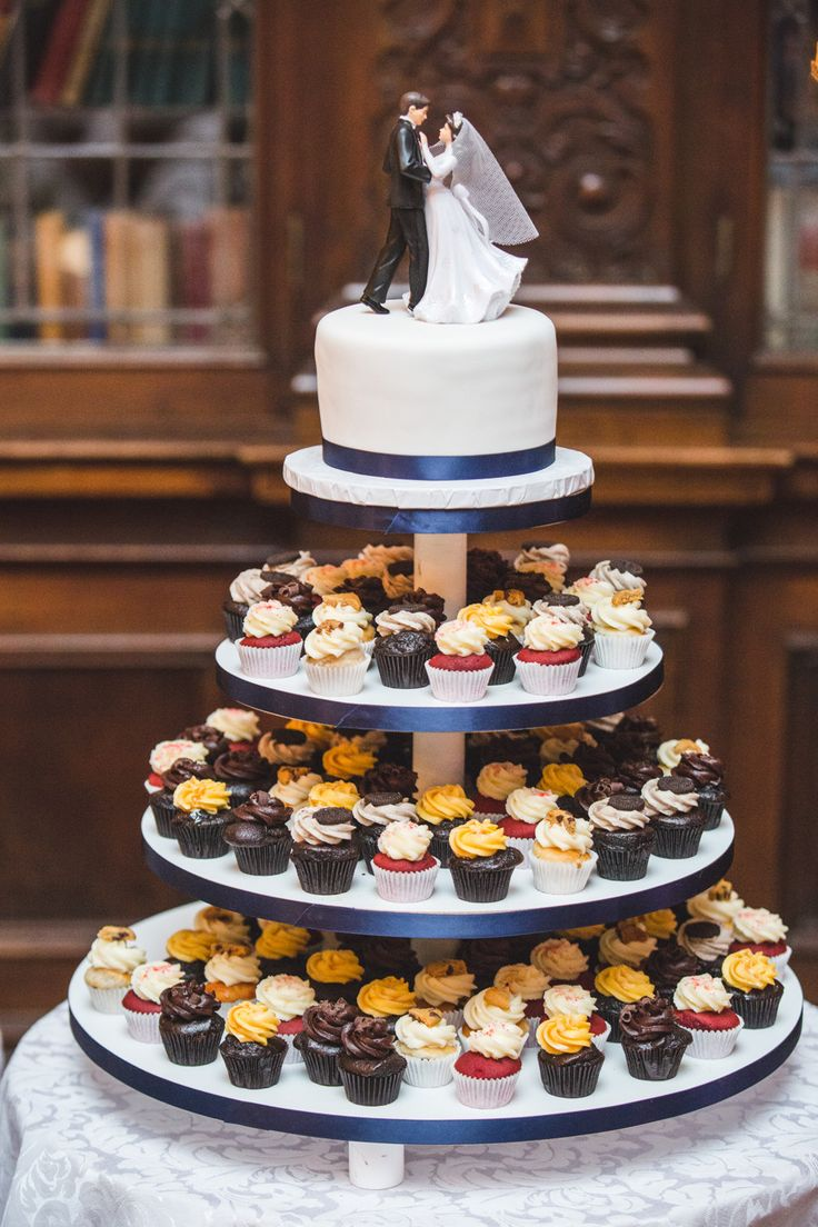 Their Wedding Cake - 1 Tier cake and 3 tier cupcakes, easy to serve for dessert http://www.fusion-events.ca/