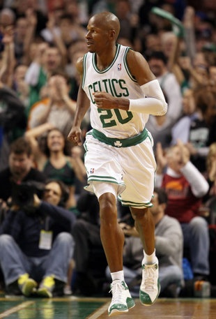 Ray Allen leaves the Boston Celtics for Miami Heat: 7-7-12.