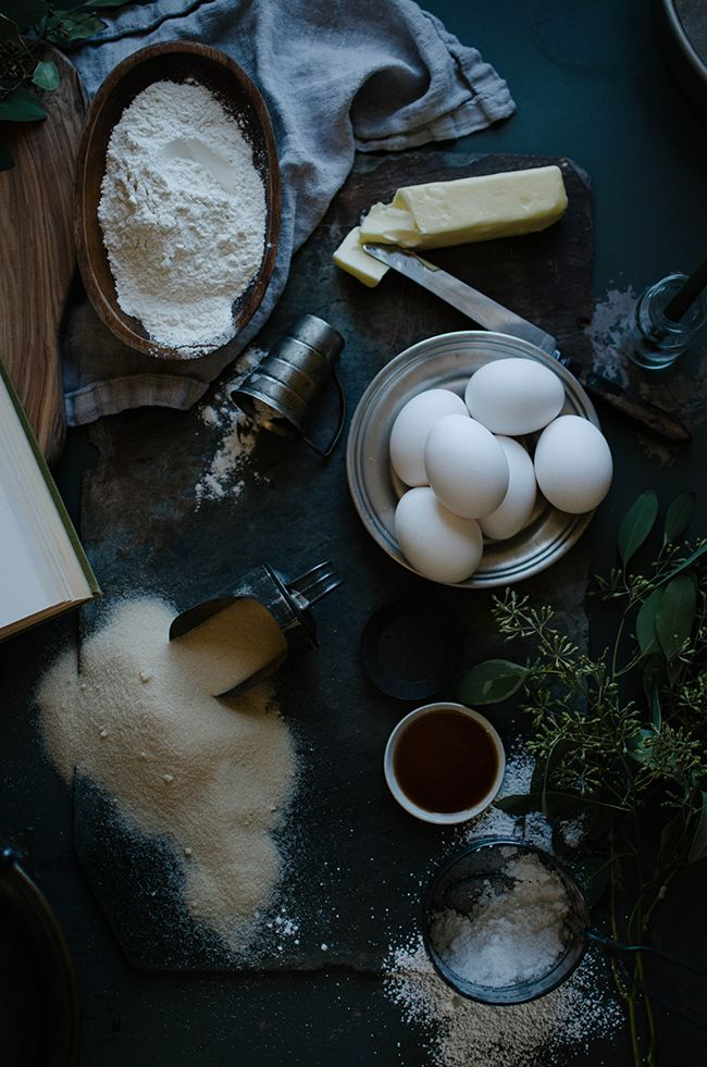 a daily something: Recipe | Simple Yellow Cake (aka Hedgehog's Cake)