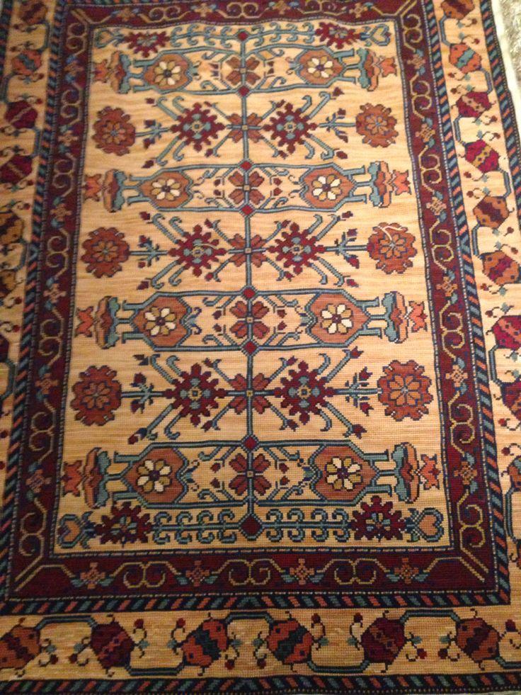 Termine mi alfombra!!!! Diseñada por matietta ugatti Bordada por gisella