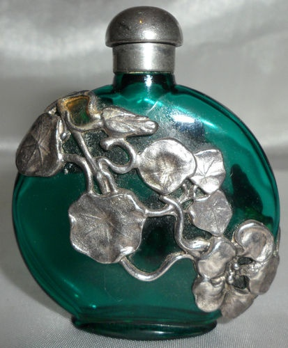 ART NOUVEAU PEWTER DECORATED GLASS PERFUME/SCENT BOTTLE & PEWTER TOP