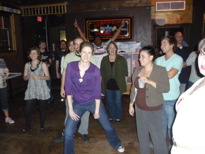 Alternative Comedy Theater IMPROV at the Dyer Street bar in Dallas!