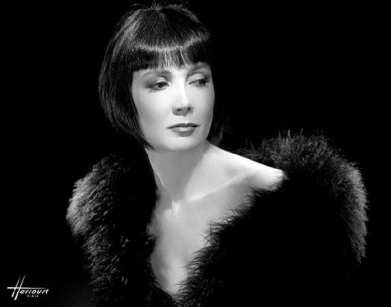 Sabine AZEMA © Studio HARCOURT - actrice