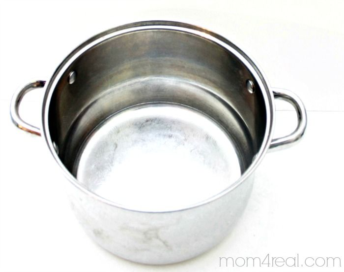 Hometalk   Cleaning Tips for Burnt Pots and Pans