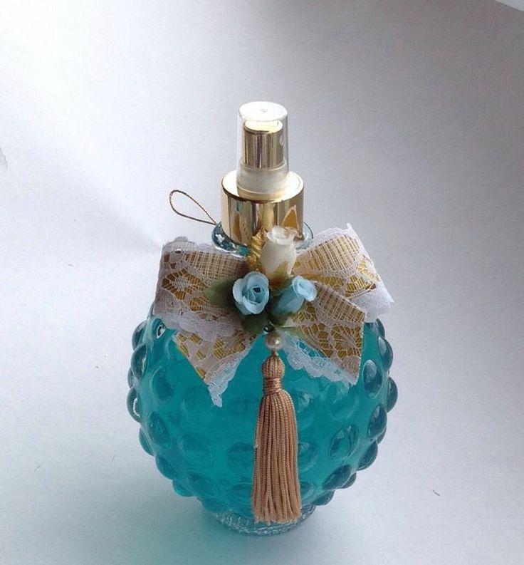 Aromatizador de Ambiente em vidro Bola 600 ml  decorado com fita, renda, flores e pingente de seda.  Vários estilos de decorações de vidros.