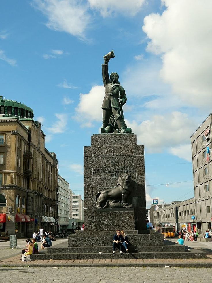 Finland Statue of Liberty. - Suomen vapaudenpatsas. Vaasa, Pohjanmaa, Finland. - photo rai-rai