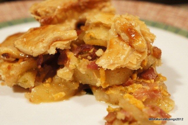 Apple Cheddar Pie with #Bacon and Rosemary #recipe
