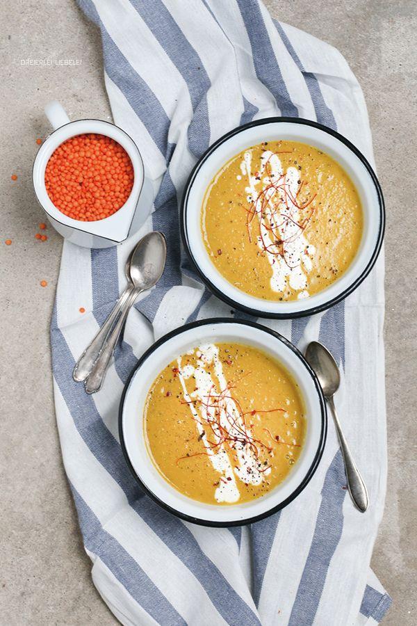 Ein Rezept für eine sehr leckere Rote-Linsen-Kokos-Suppe.