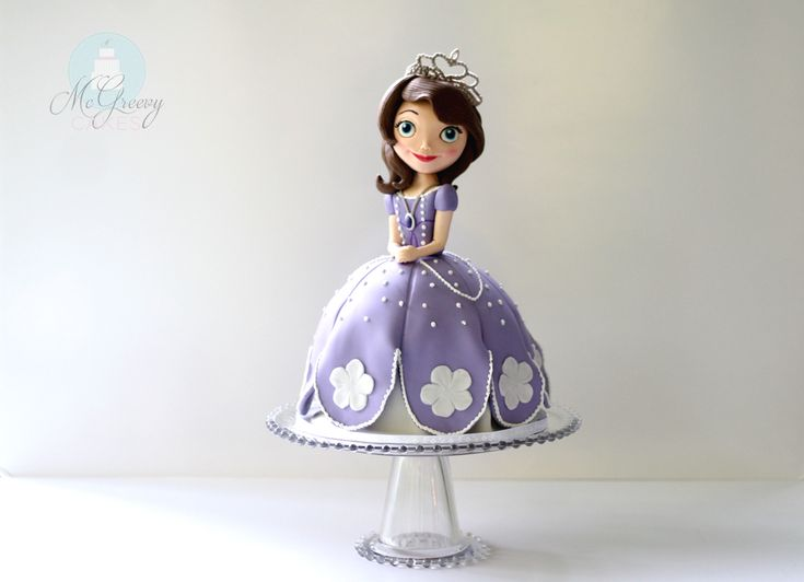 sofia doll cake