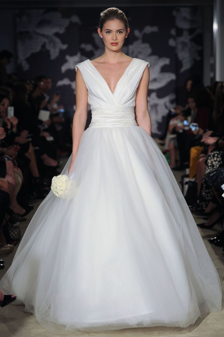 The Chloe Gown #CarolinaHerrera #Bridalspring2015