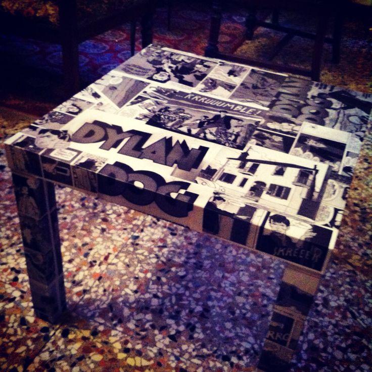 Dylan dog! Tavolino al decoupage con fumetti, stupendo!