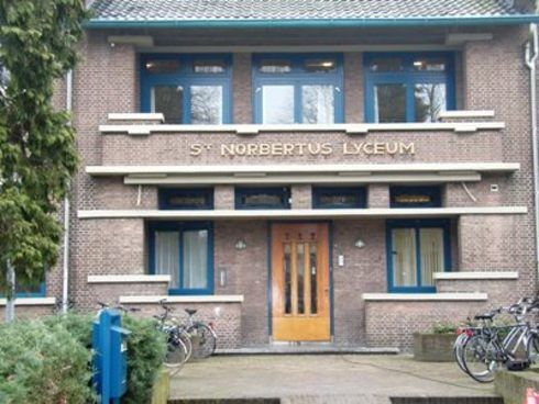 28-02-2014 It's Up To You - les H3 Norbertus College te Roosendaal.