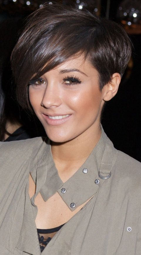 Frankie Sandford Attends The Help For Haiti Fundraiser With A Dark Rich Hair Shade, 2010