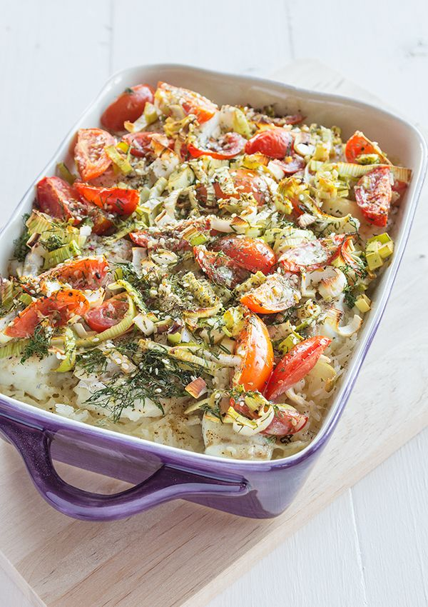 Oven baked cod with rice, tomatoes and leek. (Ugnsbakad torsk med ris, tomater och lök.)
