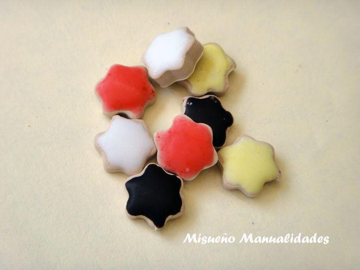 Galletitas glaseadas, hechas de Fimo. www.misuenyo.com / www.misuenyo.es