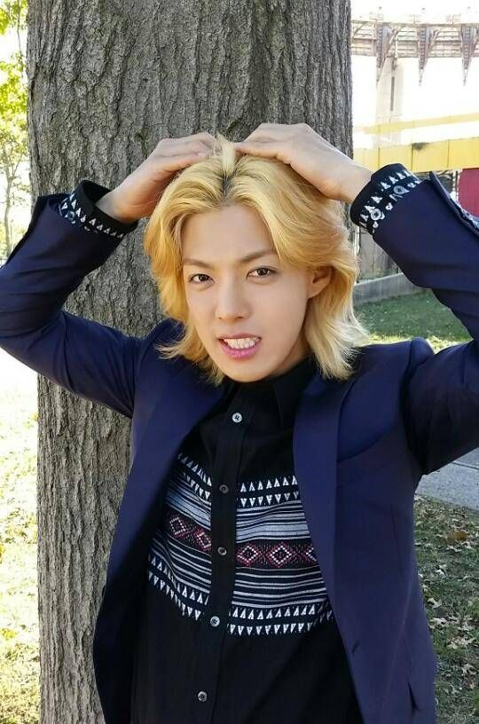 M.I.B's Kangnam supports 4TEN's upcoming comeback with cute selca + single cover teaser | allkpop