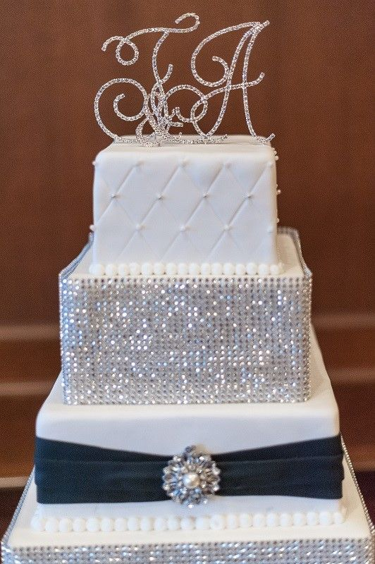 83 Best Images About Bling Cake On Pinterest Quinceanera