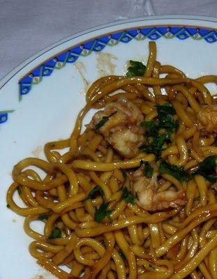 Sud Italia in Cucina: Tagliolini all'Uovo con Mazzancolle http://cucinasuditalia.blogspot.it/2008/12/tagliolini-alluovo-con-mazzancolle.html