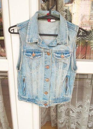 Kup mój przedmiot na #vintedpl http://www.vinted.pl/damska-odziez/marynarki-zakiety-blezery/16754252-kamizelka-jeansowa-marki-hm-36-idealna-na-walentynki