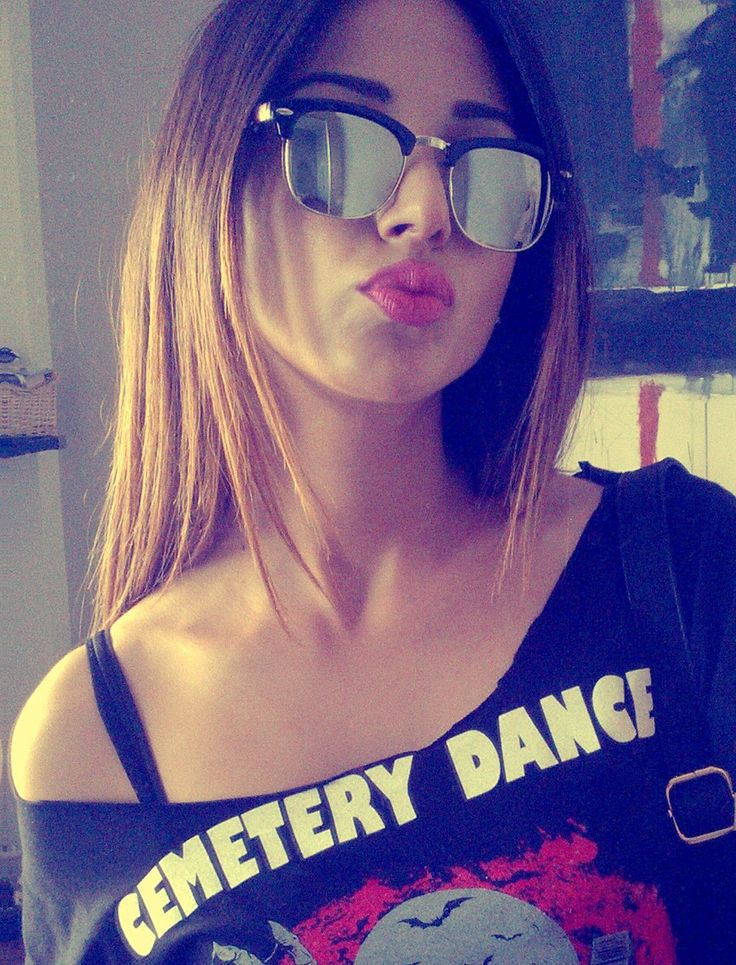 My Cemetery Dance shirt rocks my mood up!