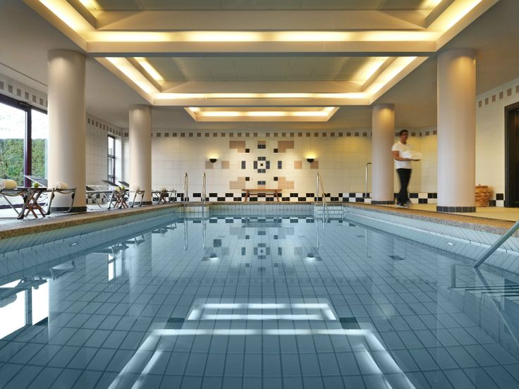 Puls Fitness Club in the Hyatt Regency Cologne - Pool area