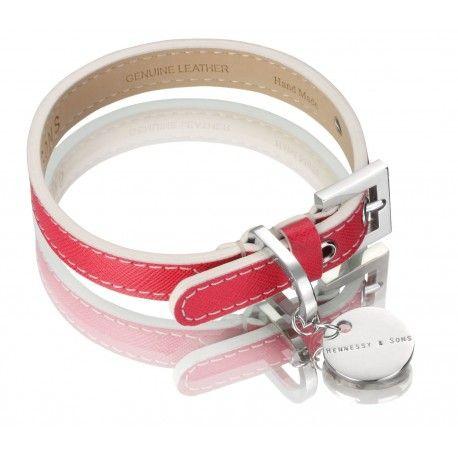 Precioso collar fabricado en cuero Saffiano de color fucsia. Un collar muy elegante y sofisticado!