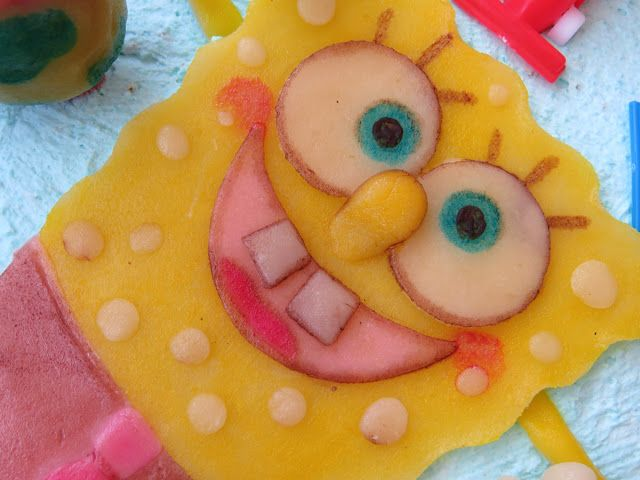 SpongeBob SquarePants molded in almond paste. I didn´t know where to buy sugar paste and used almond instead and painted it with food colourings. My first experience in cake design. Not perfect but enjoyable. I made it with love for my niece and nephew.
