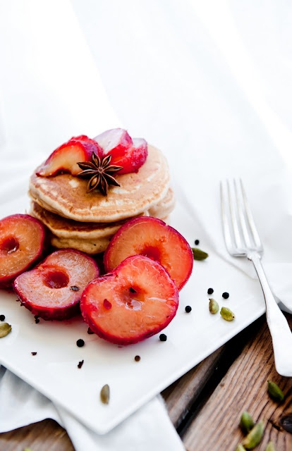 Chai pancakes + black tea poached plums for brunch: Desserts, Plum Pancakes, Food, Teas Poached Plum, Black Teas Poached, Chai Pancakes, Plum Recipes, Drinks, Breakfast Recipes