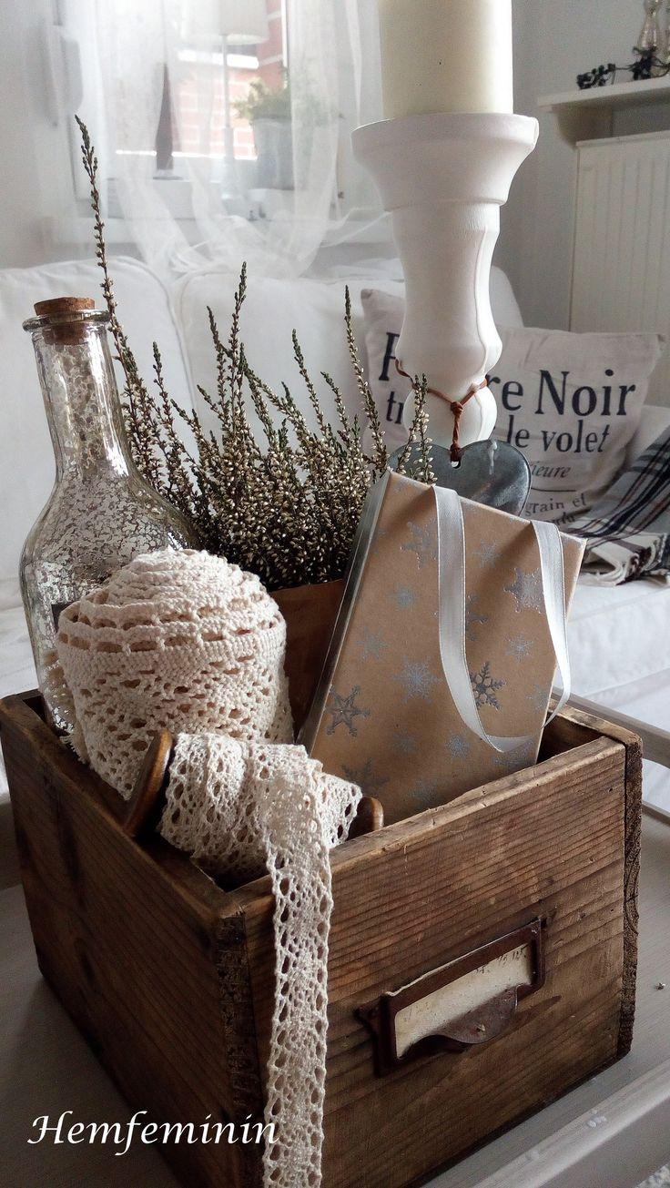 alte Schublade als Weihnachtsdekoration