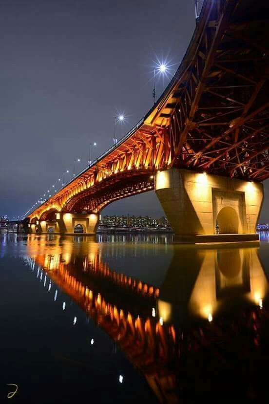 Looking down on the bridge - Sydney, New South Wales, #Australia ...