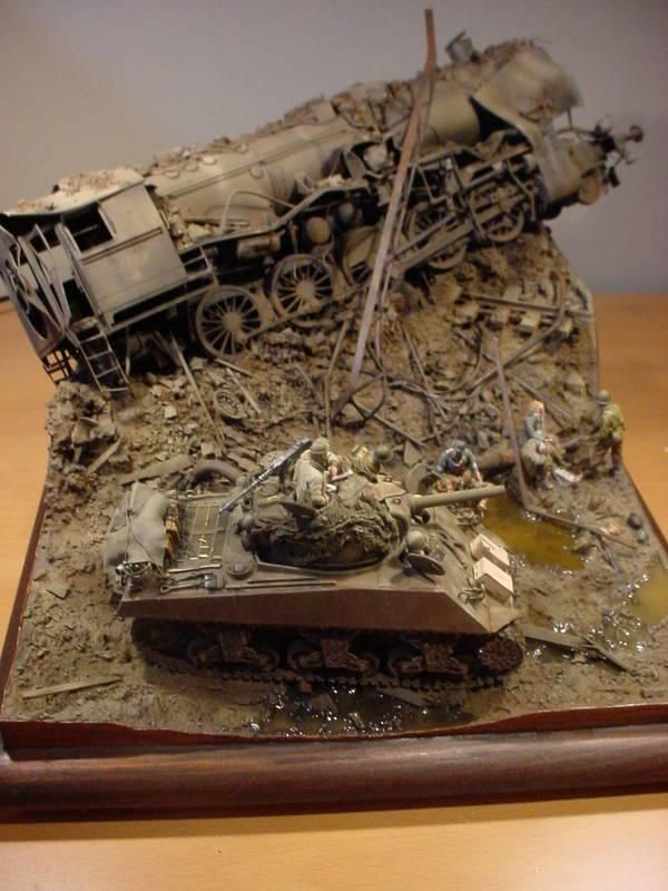 Sherman on point 1:35 scale diorama