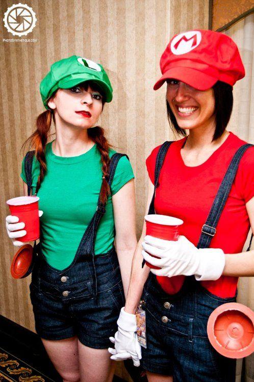 super mario sisters cosplay photosynthetique imaging costumes cosplay videogames geek mario halloween costumesmario and luigi - Girl Mario And Luigi Halloween Costumes