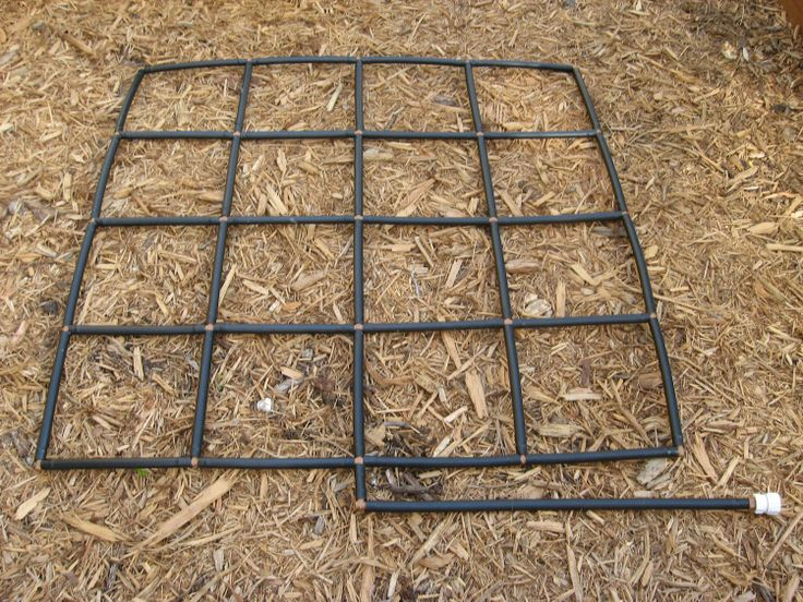 4x4 Garden Grid Watering System Garden Irrigation System And Planting Guide In One Gardens