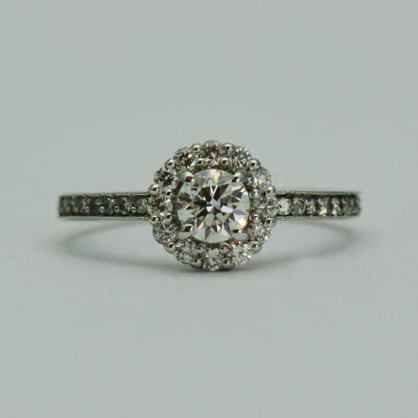 Inel cu diamante, aur 18k