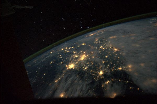 #China + #Korea under Orion's Belt #Seol #Beijing #Tainjin #FromSpace What a beautiful @FragileOais #NASA #ISS