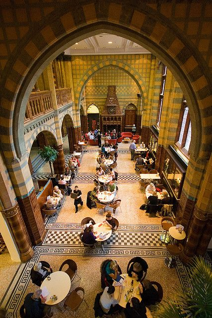 Café y buena arquitectura en este café de Liverpool - via Flickr The Victoria Gallery and Museum, Liverpool University