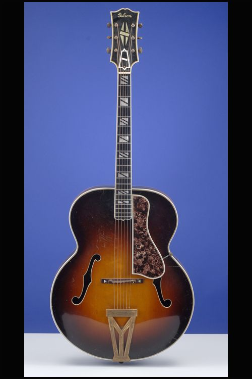 1938 Gibson Super 400 - I can't play very well yet but I'm working on it and I want this!!!