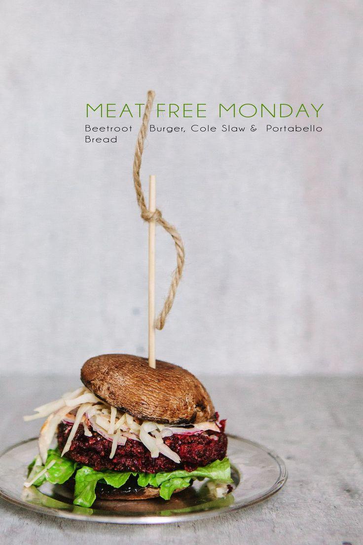 Köttfri Måndag - Rödbetsburgare med Coleslaw & Portabellobröd :: Beetroot Burger, Coleslaw & Portabello Bread