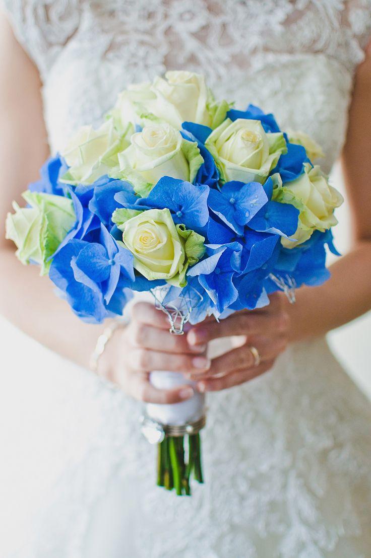 TiAmoFoto.pl bukiet ślubny, wedding bouquet, bukiet panny młodej, bride, kwiaty, ślub, fotografia ślubna, wesele, fotograf, detale, dodatki ślubne, dekoracje, biały, niebieski,