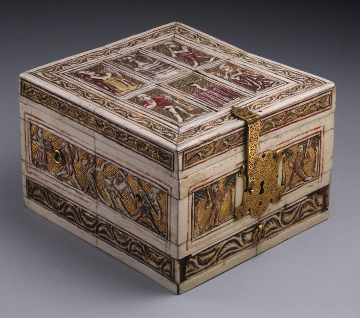 French or German (Black Forest)                                Game box, ca. 1440–70                Bone, tortoiseshell, and wood