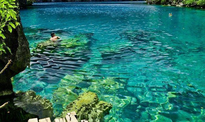 صور الطبيعة بحيرة من المياه نقية جدا وسط جبال خضراء Palawan Philippines Water Pictures