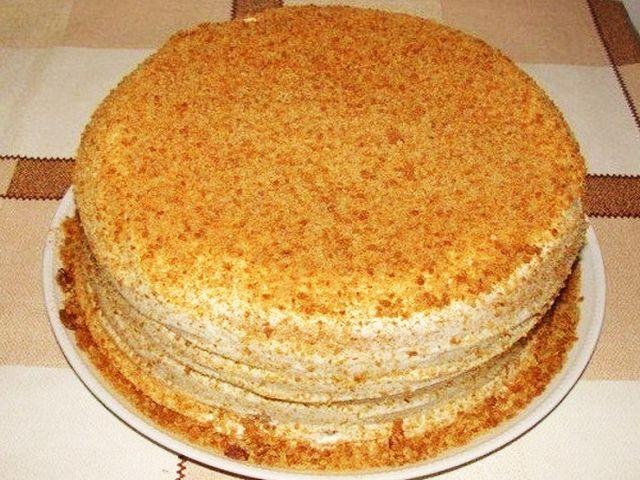 Сметанник на скорую руку - очень вкусный и нежный торт. Готовить его легко и быстро. Кушать с чаем и удовольствием :) Делюсь рецептом. ...