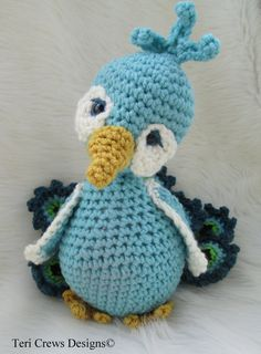 Crochet Pattern Peacock by Teri Crews Instant por TCrewsDesigns