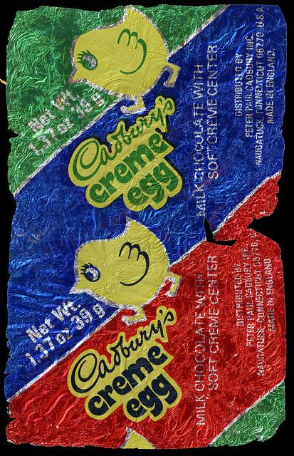 Cadbury's Creme Egg - 1970's wrapper, the wrapper is now only blue, yellow and red, they have removed the green (in the UK).